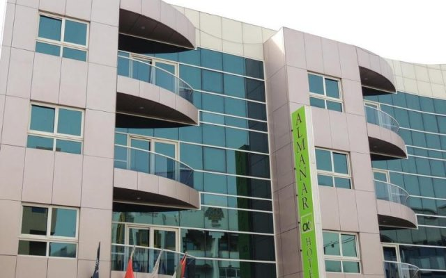 Al Manar Hotel Apartments вид на фасад