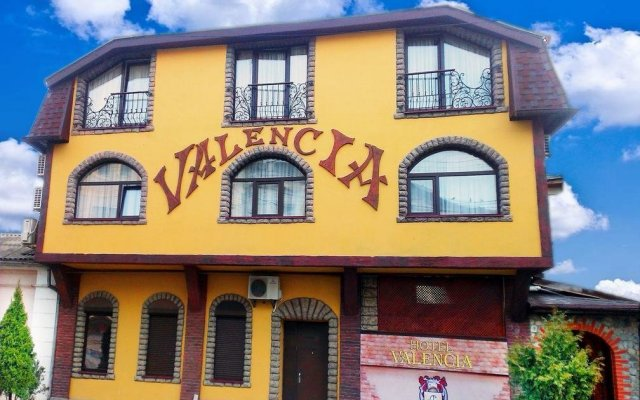 Гостиница Валенсия вид на фасад