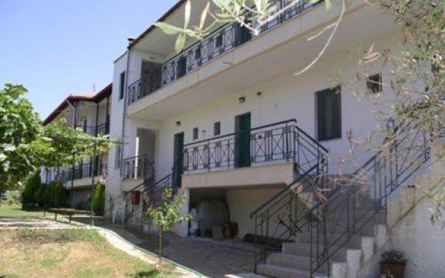 Отель Sapfo Beach Studios Ситония вид на фасад