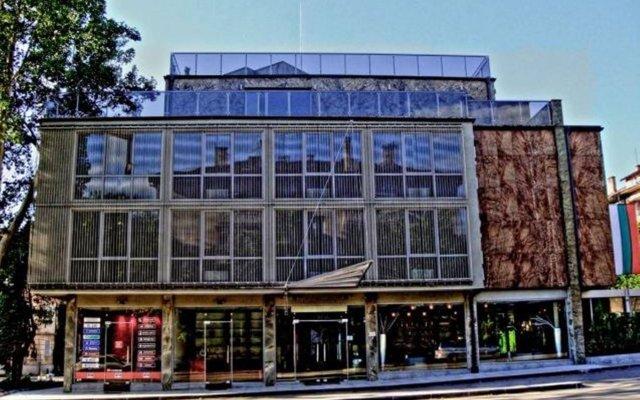 Отель City Pleven Болгария, Плевен - отзывы, цены и фото номеров - забронировать отель City Pleven онлайн вид на фасад