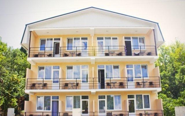Гостиница Крымская Ницца вид на фасад