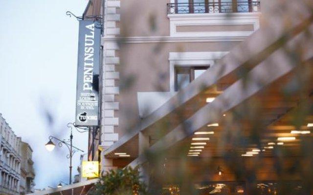 Peninsula Boutique Hotel