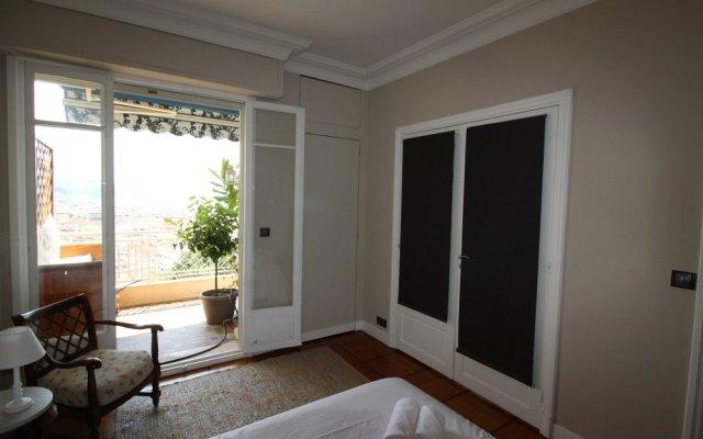 Отель Nice Booking - Miramar Terrasse Vue mer Франция, Ницца - отзывы, цены и фото номеров - забронировать отель Nice Booking - Miramar Terrasse Vue mer онлайн комната для гостей