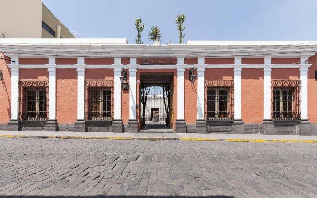 Hotel Casona Solar 0