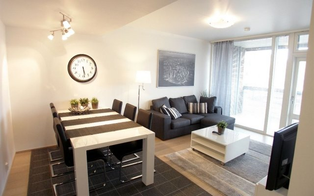 Отель Kotimaailma Apartments Helsinki Финляндия, Хельсинки - отзывы, цены и фото номеров - забронировать отель Kotimaailma Apartments Helsinki онлайн комната для гостей
