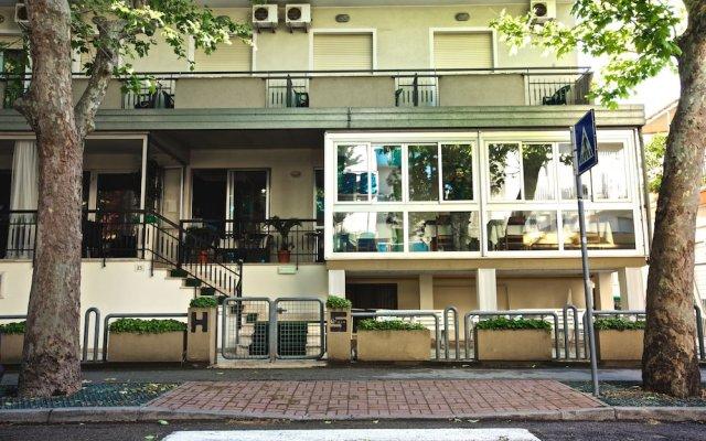 Hotel Superga Римини вид на фасад