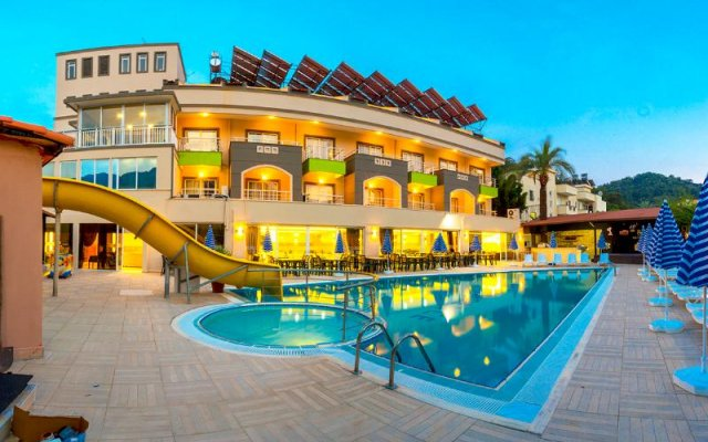 Melissa Residence & Spa Hotel бассейн