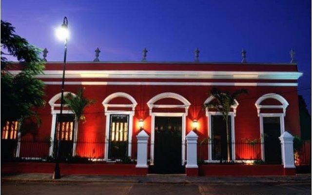 Отель Villa Merida вид на фасад
