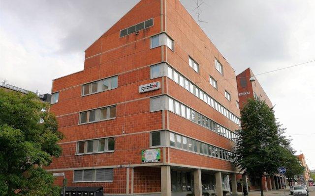 Отель Hiisi Homes Helsinki Haaga Финляндия, Хельсинки - отзывы, цены и фото номеров - забронировать отель Hiisi Homes Helsinki Haaga онлайн вид на фасад