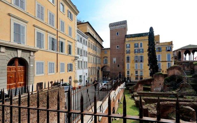 Отель Il Grillo Ai Fori Romani Рим вид на фасад