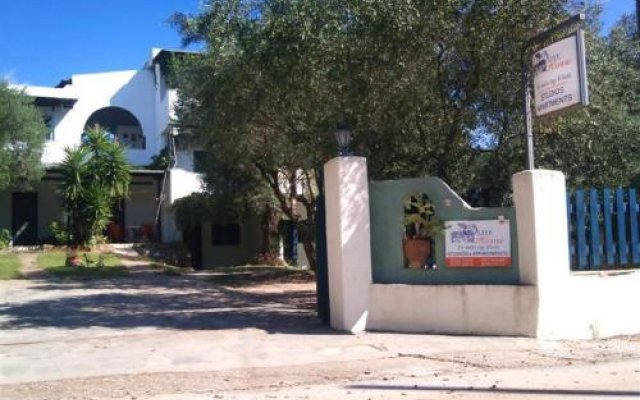 Отель Olive House Ситония вид на фасад