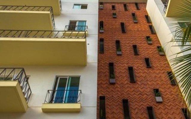 Отель Luxury Condo V177 Romantic Zone вид на фасад