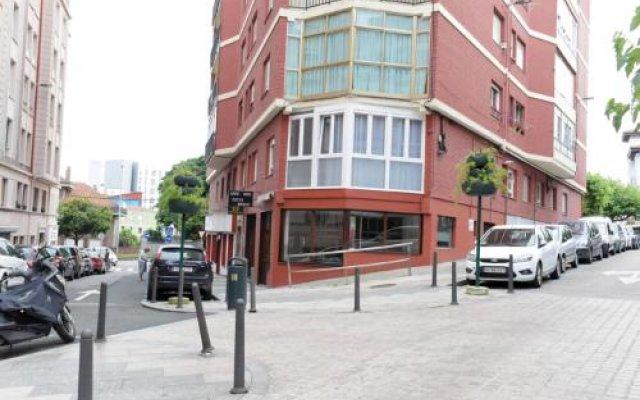 Отель Alojamientos Puerto Príncipe Испания, Сантандер - отзывы, цены и фото номеров - забронировать отель Alojamientos Puerto Príncipe онлайн вид на фасад