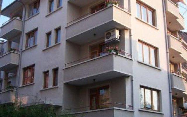Отель Guest House Kostandara Болгария, Поморие - отзывы, цены и фото номеров - забронировать отель Guest House Kostandara онлайн вид на фасад