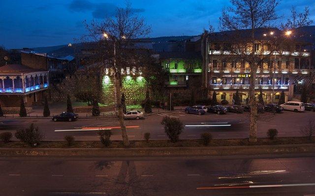 Отель Tbilisi Core: Aries Грузия, Тбилиси - отзывы, цены и фото номеров - забронировать отель Tbilisi Core: Aries онлайн вид на фасад