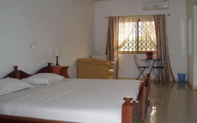 Отель Hans Cottage Botel комната для гостей