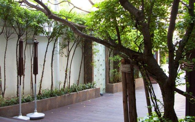 Отель Nida Rooms Thonglor 25 Alley Jasmine Бангкок вид на фасад