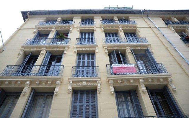 Отель Le Belle Epoque - 5 Stars Holiday House вид на фасад