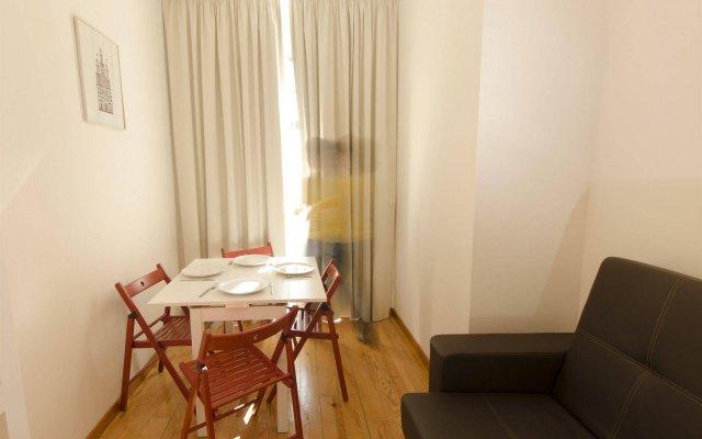 Отель Aparthotel Oporto Sol комната для гостей