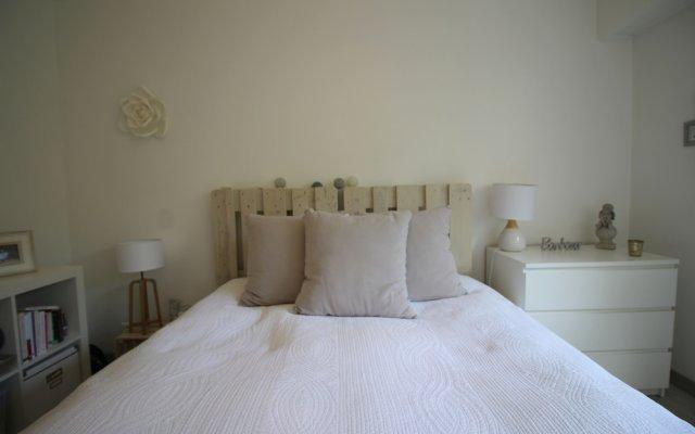 Отель Nice Booking - DUFY Vue Mer et Terrasse Франция, Ницца - отзывы, цены и фото номеров - забронировать отель Nice Booking - DUFY Vue Mer et Terrasse онлайн комната для гостей