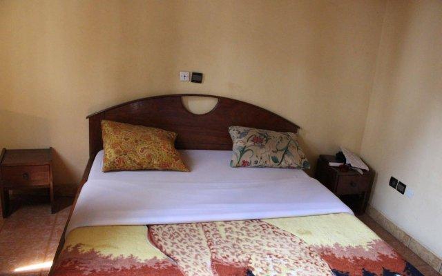 Hotel Place De La Meteo
