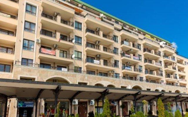 Отель Europroperties Sirena Apartaments вид на фасад