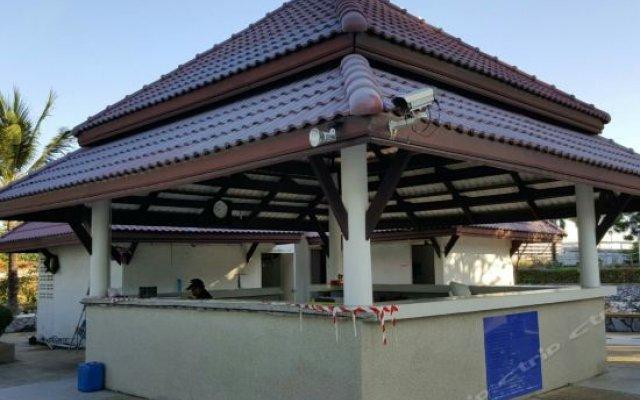 Отель Sunshine Beach Condotel вид на фасад