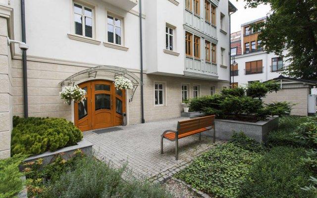 Отель Royal Apartments - Apartamenty Morskie Польша, Сопот - отзывы, цены и фото номеров - забронировать отель Royal Apartments - Apartamenty Morskie онлайн вид на фасад
