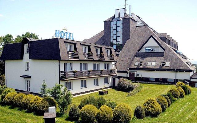 Отель Lazensky Hotel Pyramida I Чехия, Франтишкови-Лазне - отзывы, цены и фото номеров - забронировать отель Lazensky Hotel Pyramida I онлайн вид на фасад