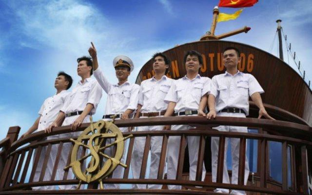 Отель Halong Golden Lotus Cruise вид на фасад