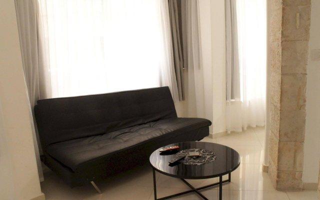 Ben Yehuda Apartments Jerusalem Израиль, Иерусалим - отзывы, цены и фото номеров - забронировать отель Ben Yehuda Apartments Jerusalem онлайн комната для гостей