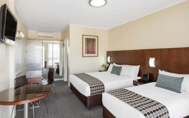 central motel apartments best western signature collection rh zenhotels com