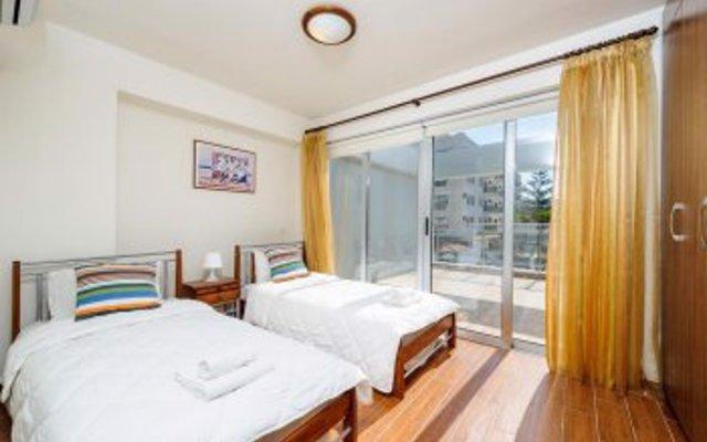 Апартаменты Mike & Lenos Tsoukkas Seaview Apartments комната для гостей