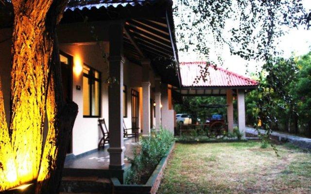 Отель Gregory's Bungalow Yala Шри-Ланка, Катарагама - отзывы, цены и фото номеров - забронировать отель Gregory's Bungalow Yala онлайн вид на фасад