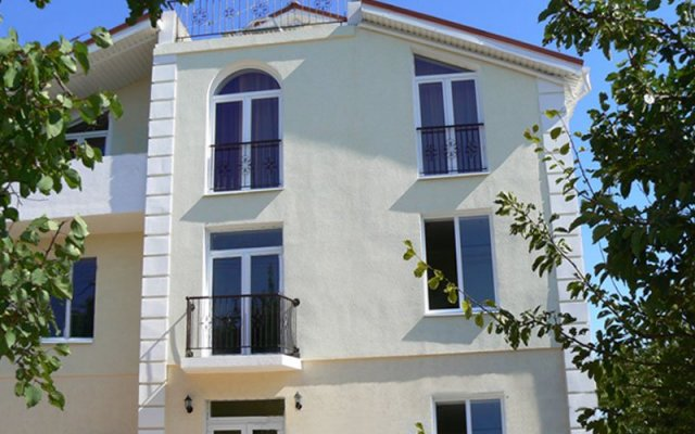 Гостевой дом Инжир вид на фасад