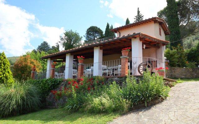 Отель Locazione Turistica Podere Berrettino.1 Реггелло вид на фасад