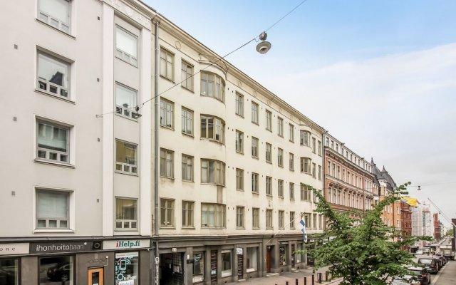 Отель Aurora Apartments Eerikinkatu 12 Финляндия, Хельсинки - отзывы, цены и фото номеров - забронировать отель Aurora Apartments Eerikinkatu 12 онлайн вид на фасад
