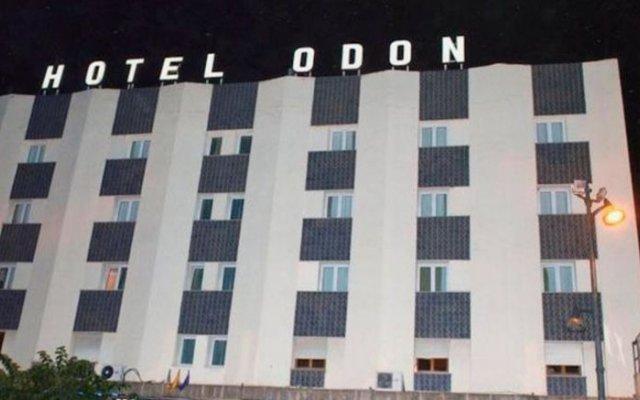Hotel Odon вид на фасад