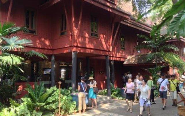 Отель Seed Siam Memories Condominium Бангкок вид на фасад