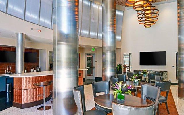 Отель Wilshire La Brea США, Лос-Анджелес - отзывы, цены и фото номеров - забронировать отель Wilshire La Brea онлайн вид на фасад