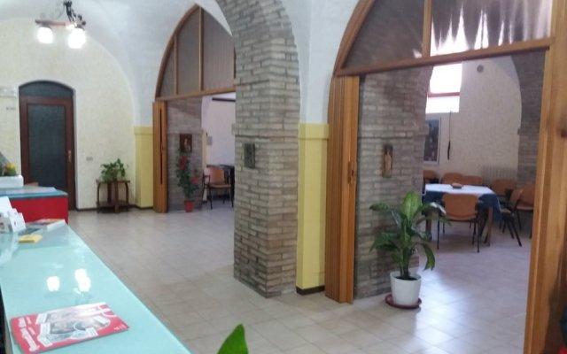 Отель Domus Pacis Loreto - Casa per ferie Италия, Лорето - отзывы, цены и фото номеров - забронировать отель Domus Pacis Loreto - Casa per ferie онлайн вид на фасад
