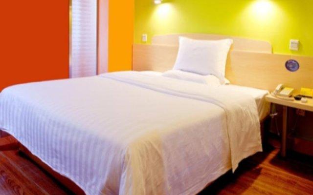 Отель 7 Days Inn Haiyin East Lake Metro Station Branch комната для гостей