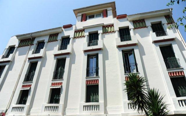 Отель Suite Genevieve Five Stars Holiday House Ницца вид на фасад