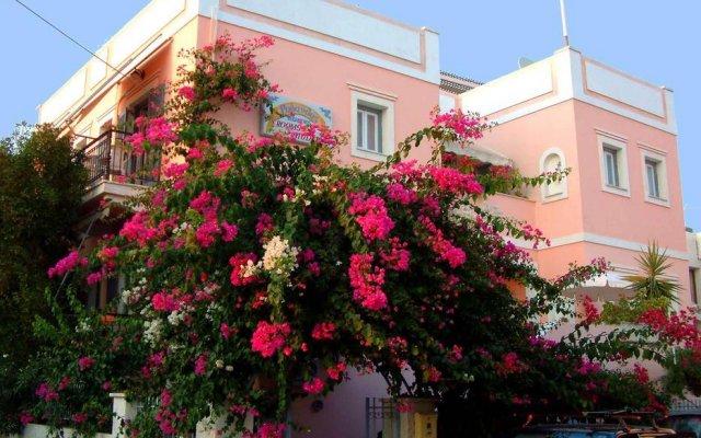 Отель Villa Rodanthos вид на фасад