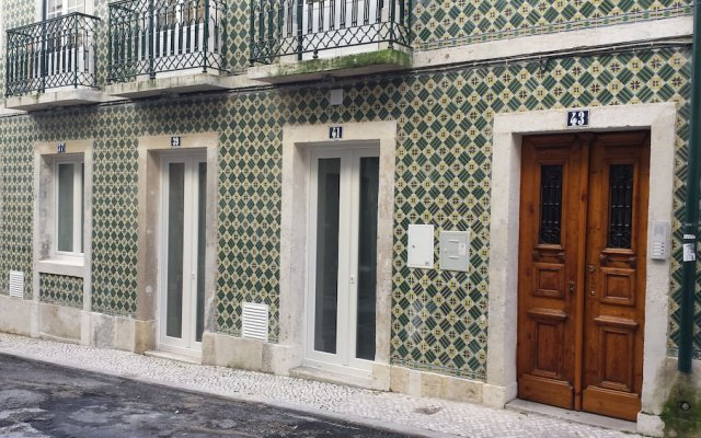 Отель Rossio Suites Лиссабон вид на фасад
