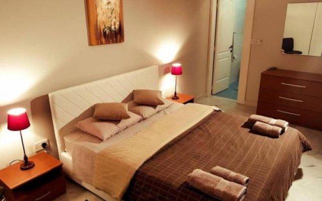 Отель De Redin Court комната для гостей