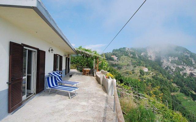 Отель Holiday home Dea Afrodite Praiano Аджерола балкон