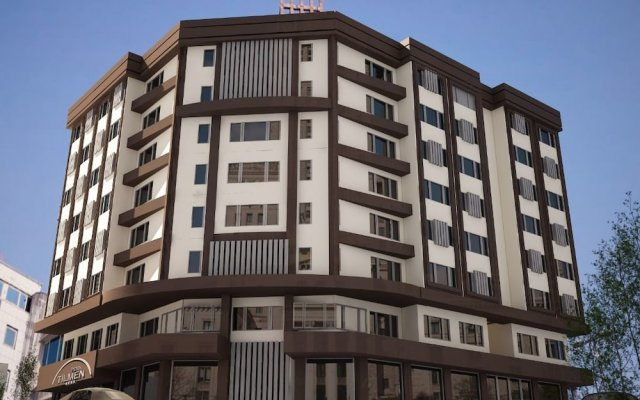 Hotel Tilmen вид на фасад