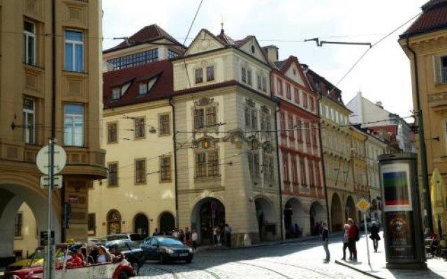 Отель SG1 Hostel Чехия, Прага - 3 отзыва об отеле, цены и фото номеров - забронировать отель SG1 Hostel онлайн вид на фасад