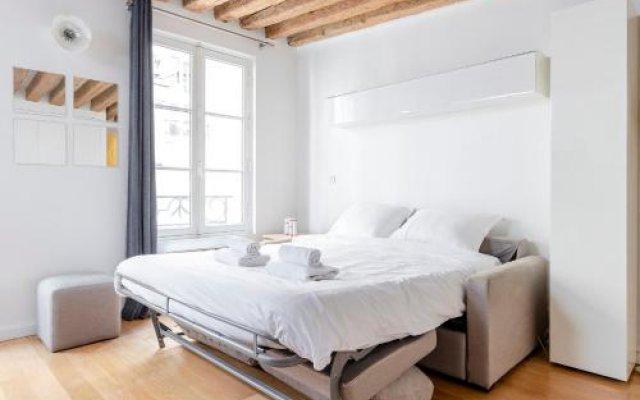 Апартаменты Studio Mezzanine Saint Germain des Près вид на фасад